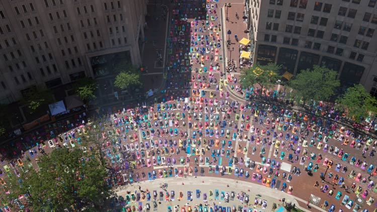 Monumental Yoga