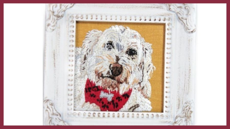 My Pretty Babi picture frame with embroidered dog