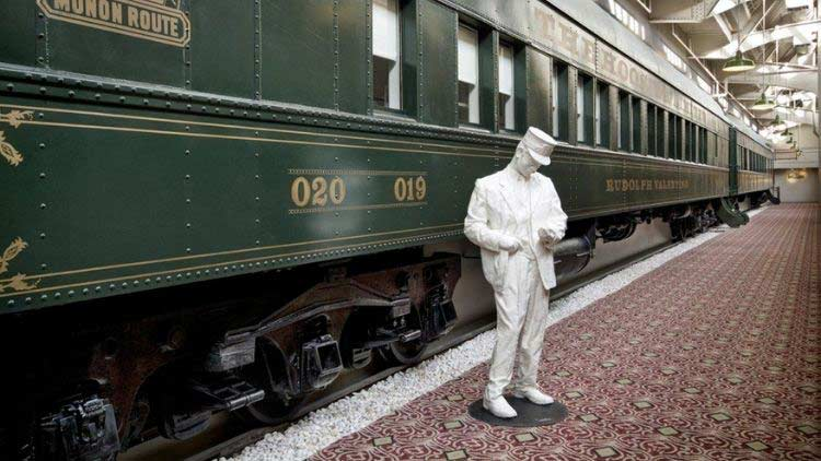 Train Car Crowne Plaza Conductor