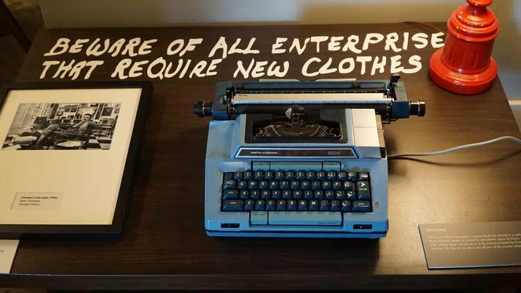 Typewriter, KVML