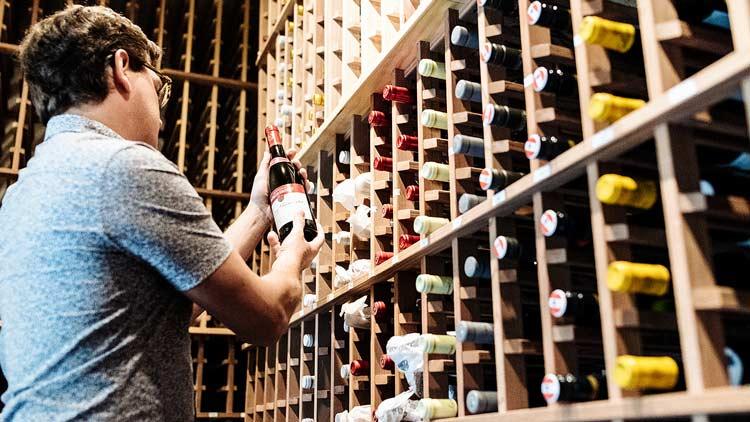 Beholder wine cellar