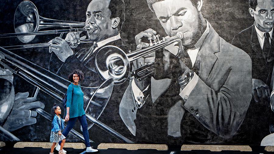 Jazz Master Mural Indiana Avenue
